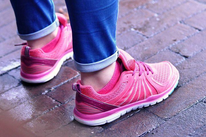 zapatos, zapatero, zapatillas deportivas, botas, chanclas